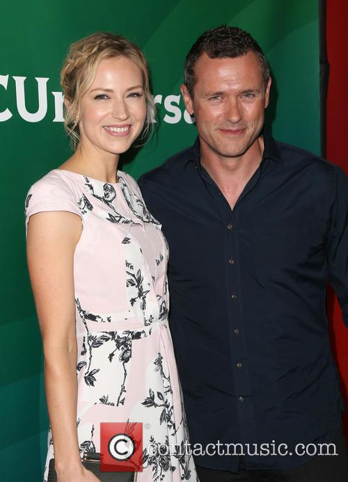Beth Riesgraf and Jason O'mara 7