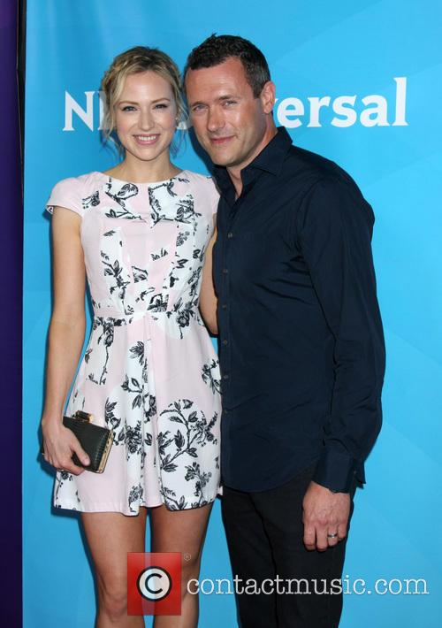 Beth Riesgraf and Jason O'mara 11