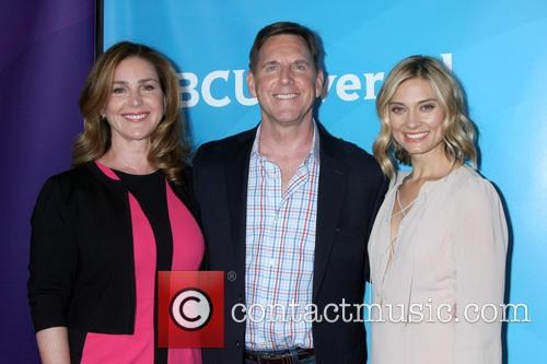 Peri Gilpin, Tim Bagley and Spencer Grammer 10