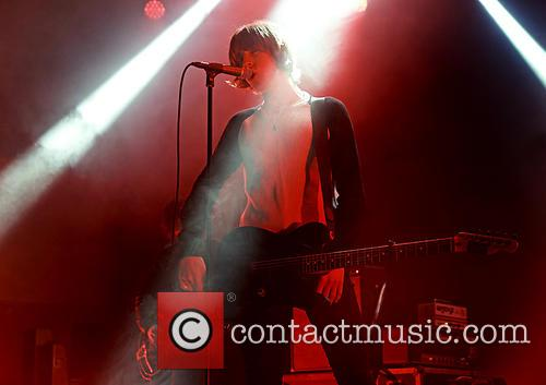 Van Mccann, Catfish and The Bottlemen 9