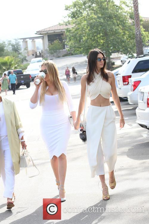Khloe Kardashian and Kendall Jenner 3