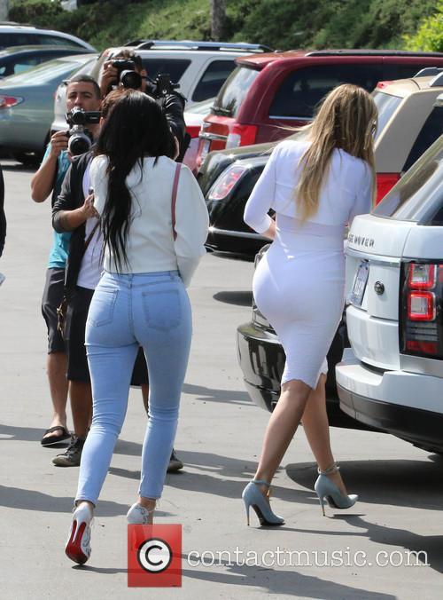 Kylie Jenner and Khloe Kardashian 2