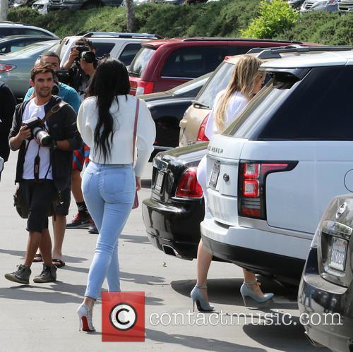 Kylie Jenner and Khloe Kardashian 1