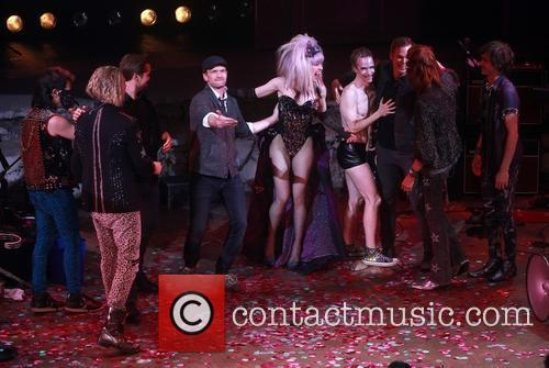Andrew Rannells, Neil Patrick Harris, Lena Hall, John Cameron Mitchell, Michael C. Hall and Angry Inch Band Members 4