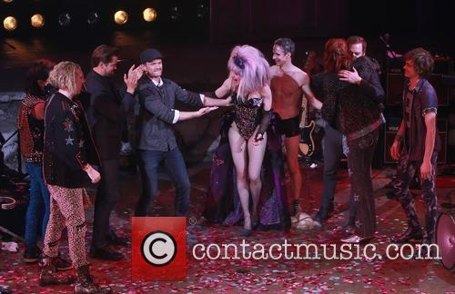 Andrew Rannells, Neil Patrick Harris, Lena Hall, John Cameron Mitchell, Michael C. Hall and Angry Inch Band Members 5