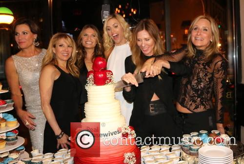 Sonja Morgan, Ramona Singer, Luann De Lesseps, Kristen Taekman, Heather Thomson and Carole Radziwill 3