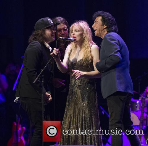 Kevin Drew, Damon Fox, Courtney Love and Andy Kim 5