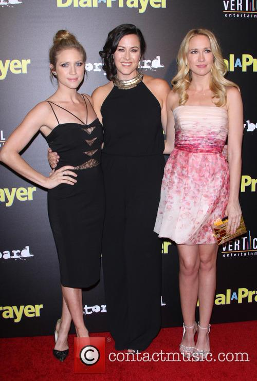 Brittany Snow, Maggie Kiley and Anna Camp 10