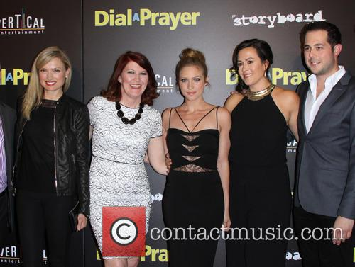 Nicole Forester, Kate Flannery, Brittany Snow, Maggie Kiley and Jason Potash 4
