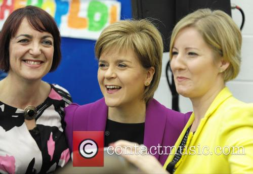 Nicola Sturgeon, Hannah Bardell and Angela Constance 3