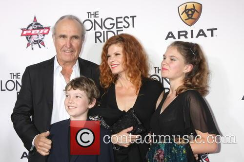 Ron Shelton, Lolita Davidovich and Valentina Shelton