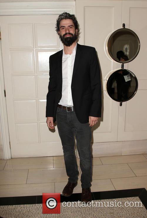 Hamish Linklater 1