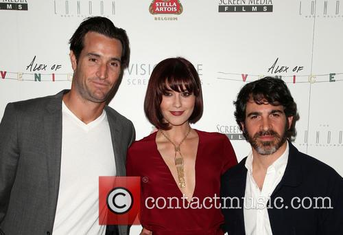 Matthew Del Negro, Mary Elizabeth Winstead and Chris Messina 8