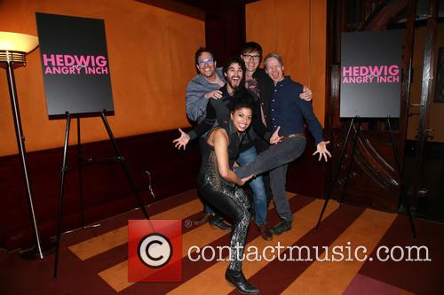 Michael Mayer, Darren Criss, Stephen Trask, John Cameron Mitchell and Rebecca Naomi Jones 6