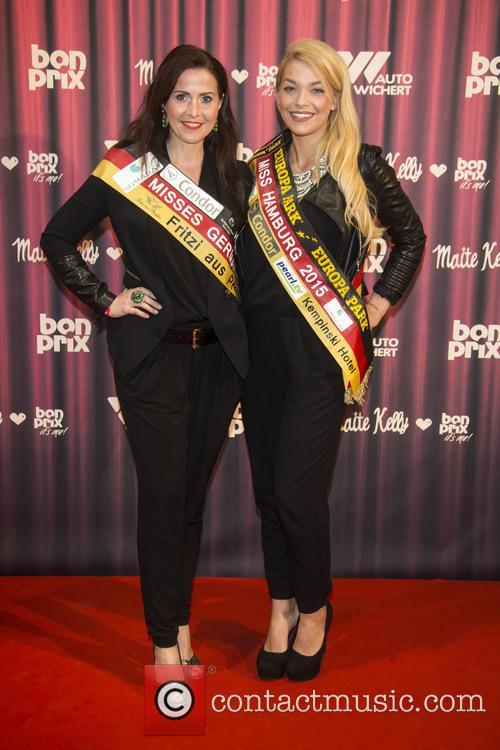 Babett Konau and Cheyenna Mangelsen 9
