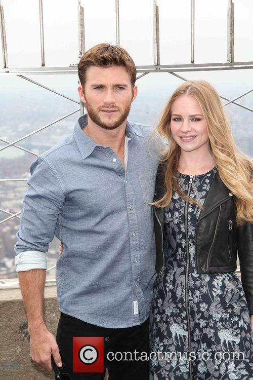 Scott Eastwood and Britt Robertson 7
