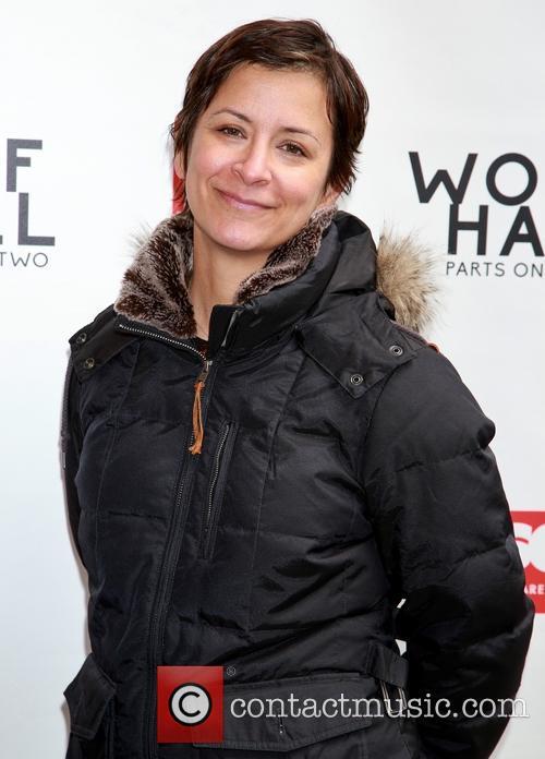 Anna D. Shapiro 1