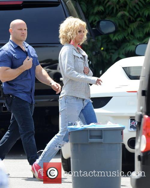 Britney Spears and Briney Spears 4