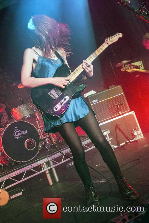 Wolf Alice and Ellie Rowsell 8