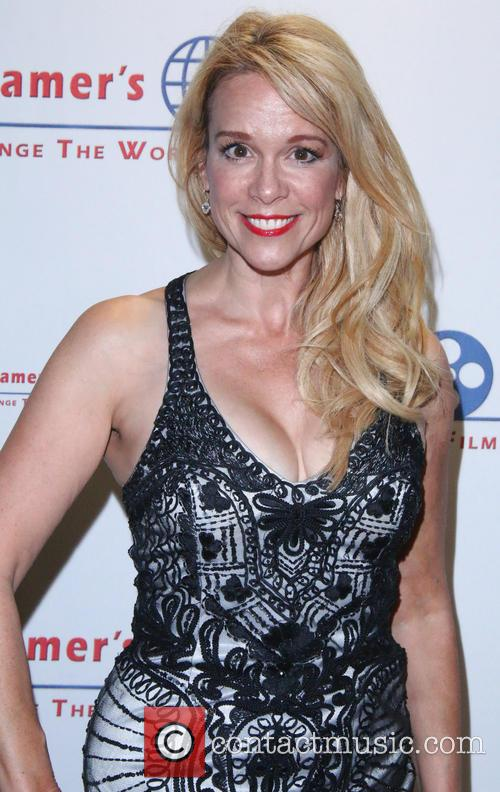 Chase Masterson 5