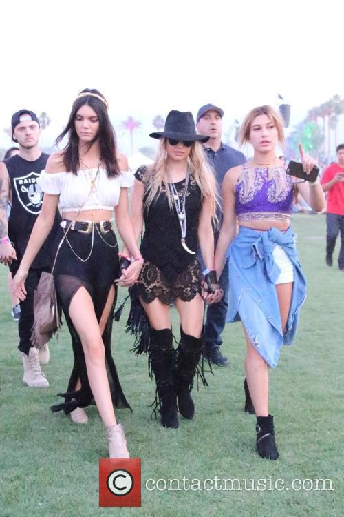 Kendall Jenner, Stacy Ferguson and Hailey Baldwin 3