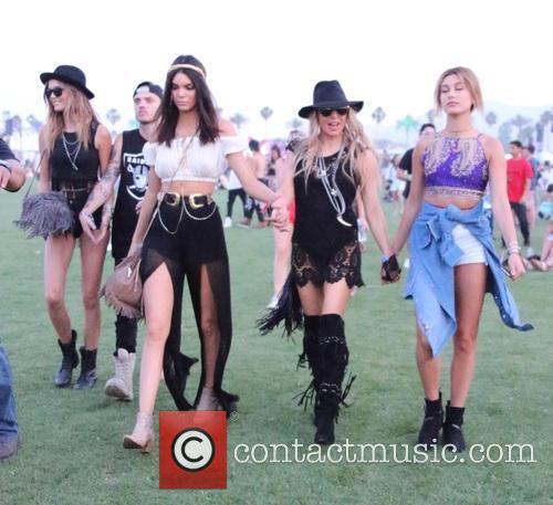 Kendall Jenner, Stacy Ferguson and Hailey Baldwin 4