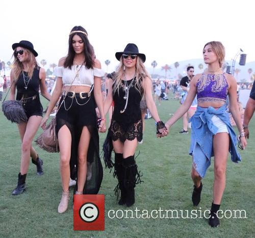 Kendall Jenner, Stacy Ferguson and Hailey Baldwin 5