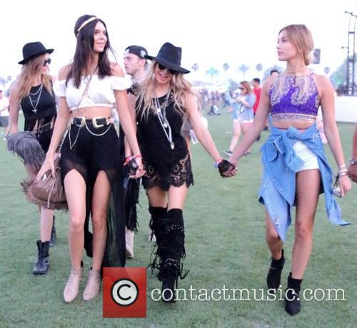 Kendall Jenner, Stacy Ferguson and Hailey Baldwin 7