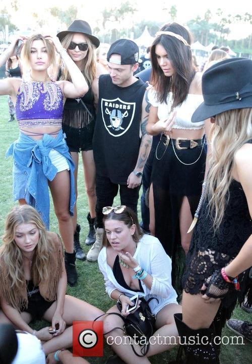 Kendall Jenner, Sarah Ferguson, Hailey Baldwin and Gigi Hadid 4
