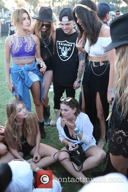 Kendall Jenner, Sarah Ferguson, Hailey Baldwin and Gigi Hadid 5