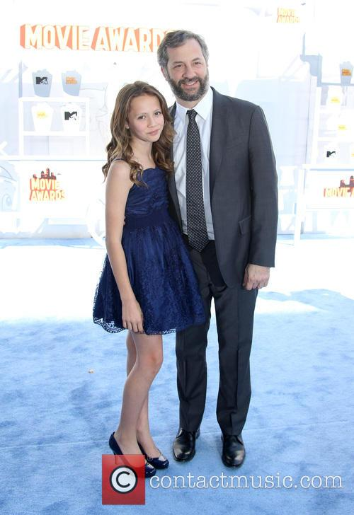 Judd Apatow and Iris Apatow 7
