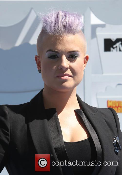 Kelly Osborne 11