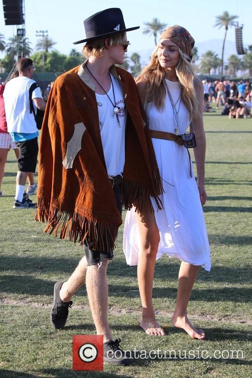Gigi Hadid and Cody Simpson 3