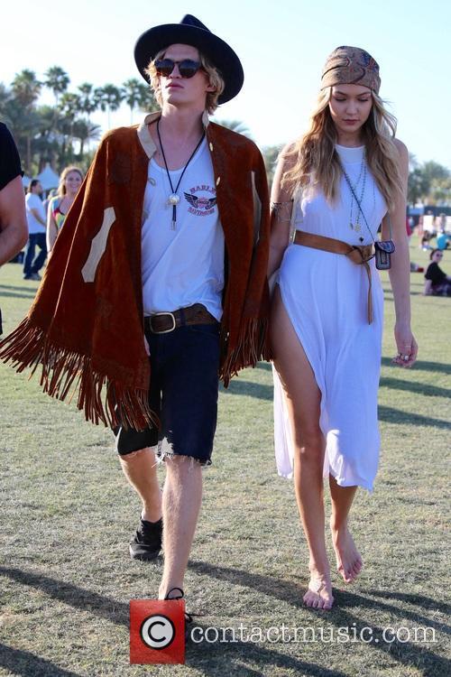 Gigi Hadid and Cody Simpson 4