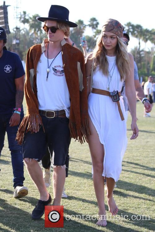 Gigi Hadid and Cody Simpson 5