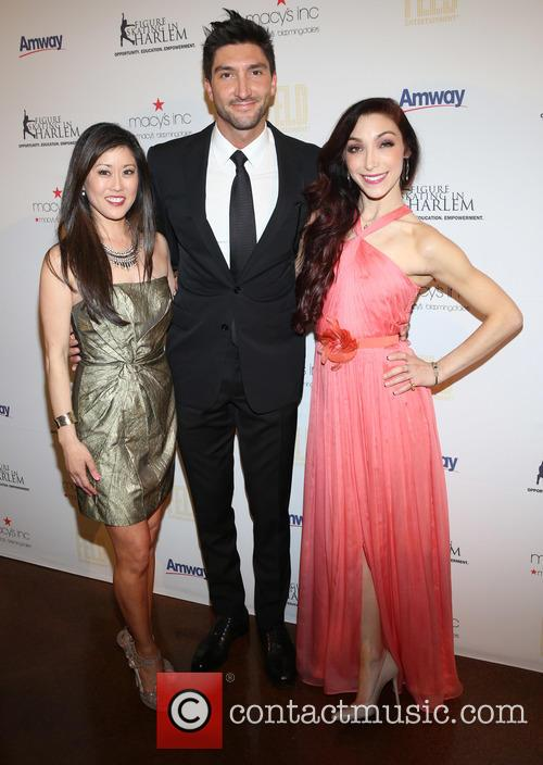 Kristi Yamaguchi, Evan Lysacek and Meryl Davis 4