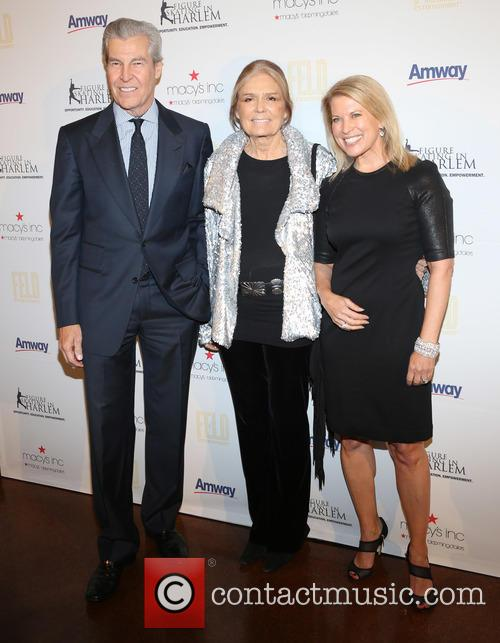 Terry Lundgren, Gloria Steinem and Tina Lundgren 4