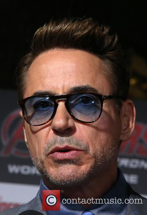 Robert Downey Jr. 8