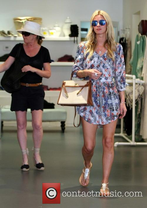 Nicky Hilton and Kathy Hilton 7