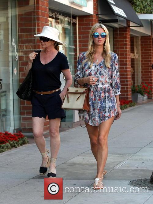 Nicky Hilton and Kathy Hilton 11