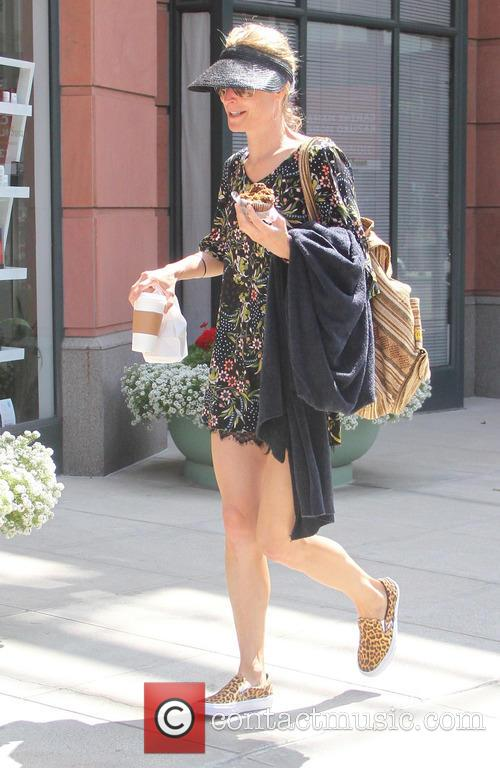 Teri Polo goes shopping in Beverly Hills