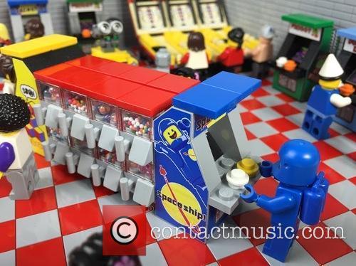 Eighties Retro Lego Arcade 4