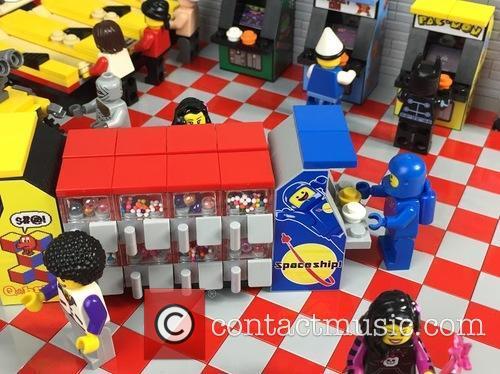 Eighties Retro Lego Arcade 5