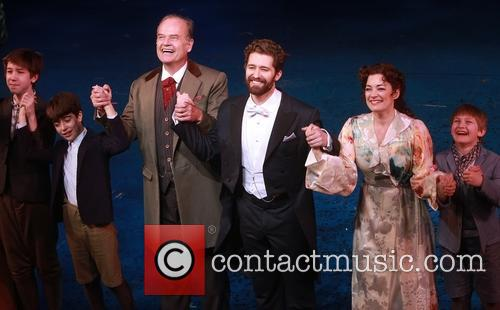 Kelsey Grammer, Matthew Morrison and Laura Michelle Kelly 6