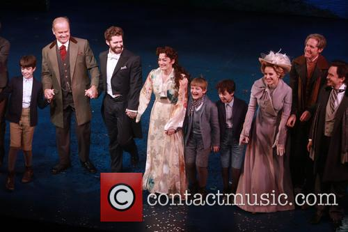 Kelsey Grammer, Matthew Morrison, Laura Michelle Kelly and Teal Wicks 8