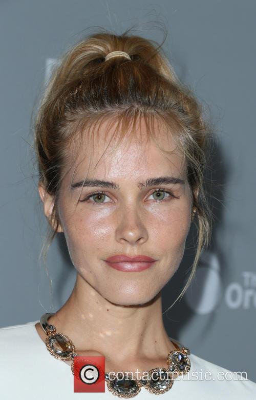 Isabel Lucas 5