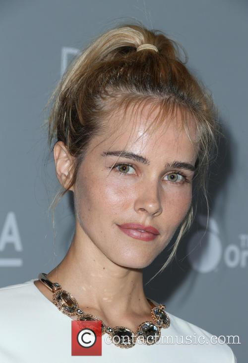 Isabel Lucas 8