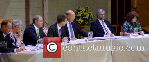 Atmosphere, The Rt Hon Chris Grayling, Sheila Carlson, Stephen Gee, Robert Leach, Susan Mcgrath, Lionel Blackman and Gareth Harfoot 4