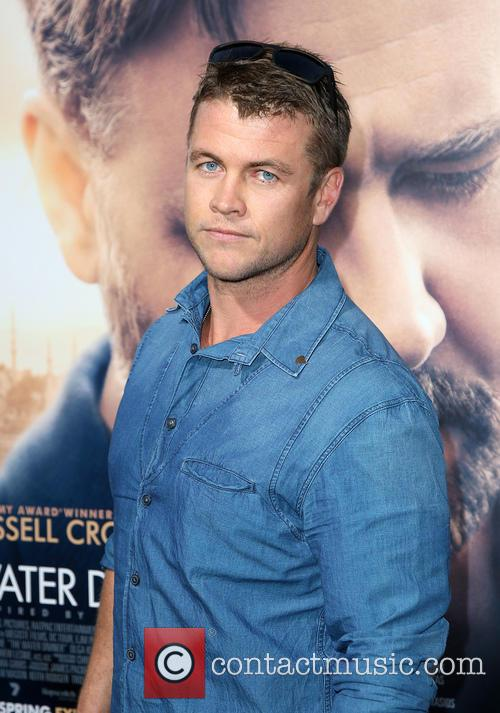 Luke Hemsworth 9