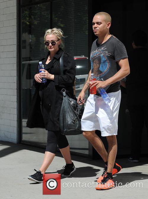 Ashlee Simpson and Evan Ross 3